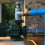 How does a water pump work