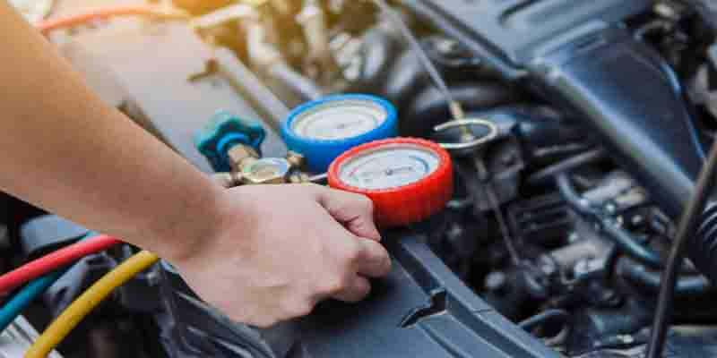 How does a water pump work in a car