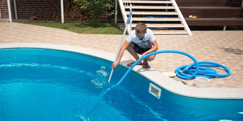 How to Hook Up Vacuum to Above Ground Pool Pump